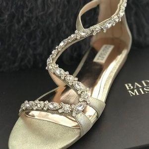 NEW Badgley Mischka Crystal Embellished Sandal